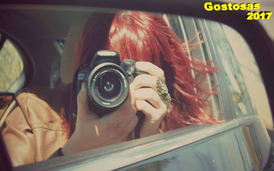 gostosa-rearview-mirror-girl